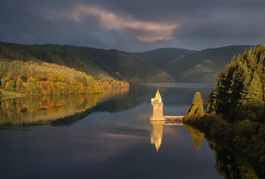 Lake Vyrnwy, morning light